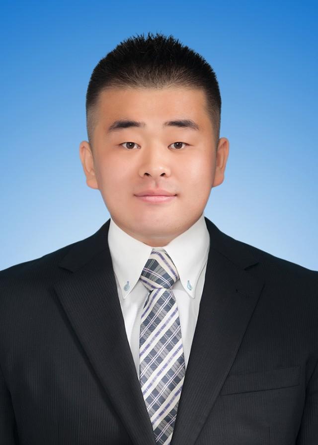 高大韓 顔写真